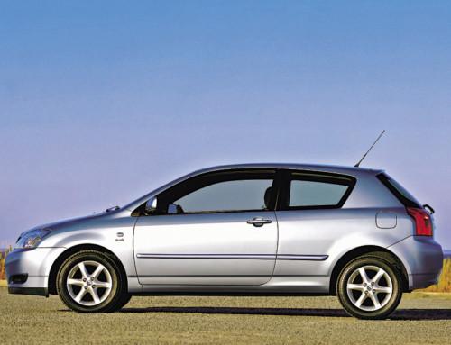 Toyota Corolla IX (2001–2007)